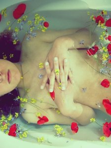 Modern_Ophelia_V__by_nymphs_and_the_wolf